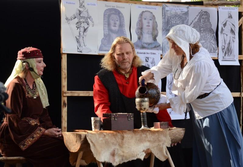 Die Balance auf dem Seil – Apenburger Burgfest